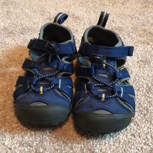 Keen Shoes - Toddler boy keen sandals